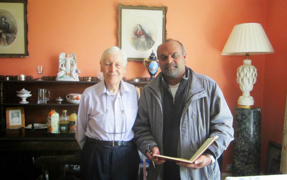 Lord Avebury with Younus AlGohar